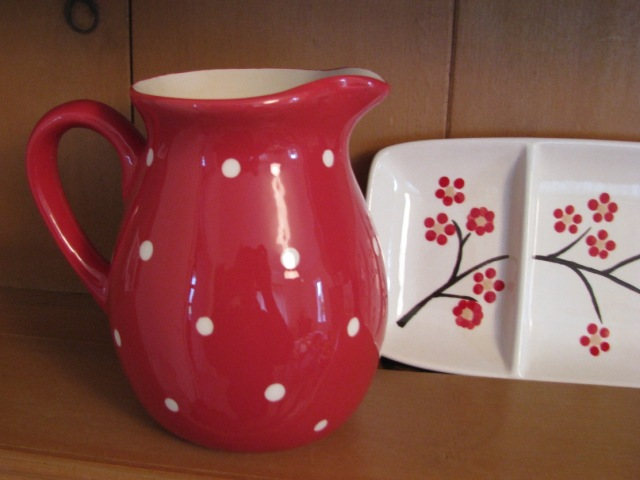 Red and white spotty jug © The House of Jones